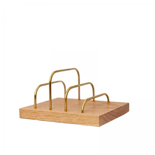 Brass-dock - danish design - dot aarhus - brevholder - phone holder - mobil holder - messing - egetrae
