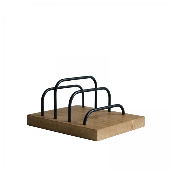 Brass-dock-dot aarhus-sort egetrae-dansk design-brevholder-ipadholder-phoneholder