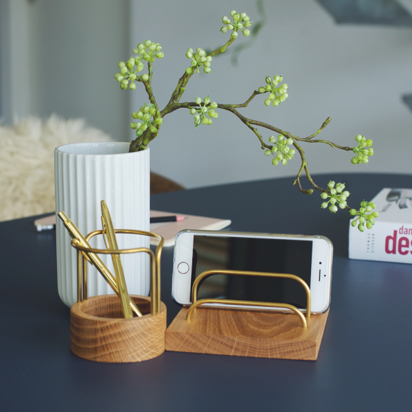 Brass-dock - pen-up - dot aarhus - kontor - kontorartiker - office - dansk design